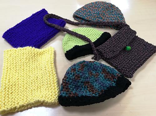 Complementos de ropa realizados por Amaia, Aratxu y Loli