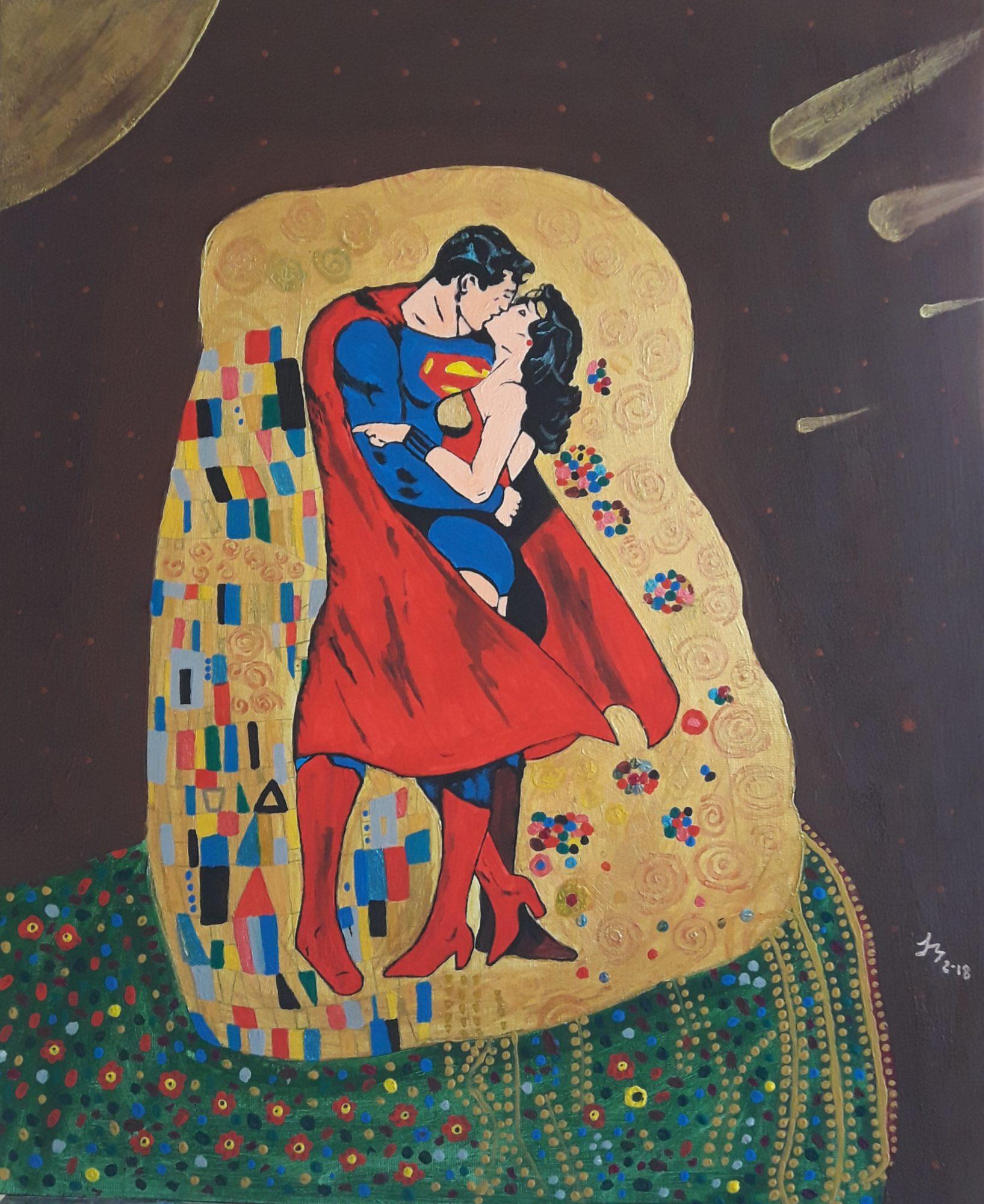 Dos súperheroes se besan, el fondo recuerda al cuadro de Klimt.