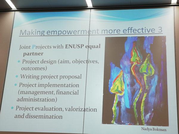 Una diapositiva de la presentación de Gabriela Tanasan que habla de empoderamiento más efectivo.